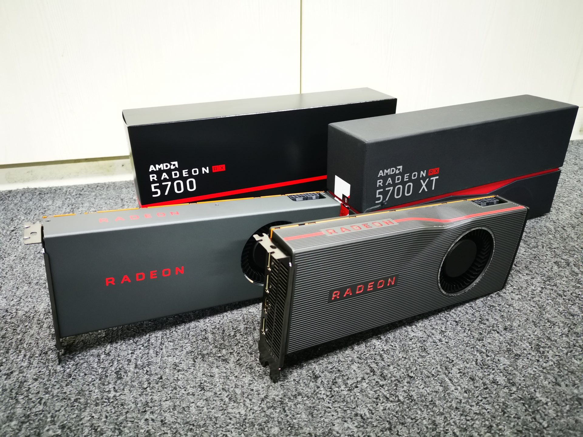AMD Radeon RX 5700 XT and RX 5700 Graphics Card Review - Can